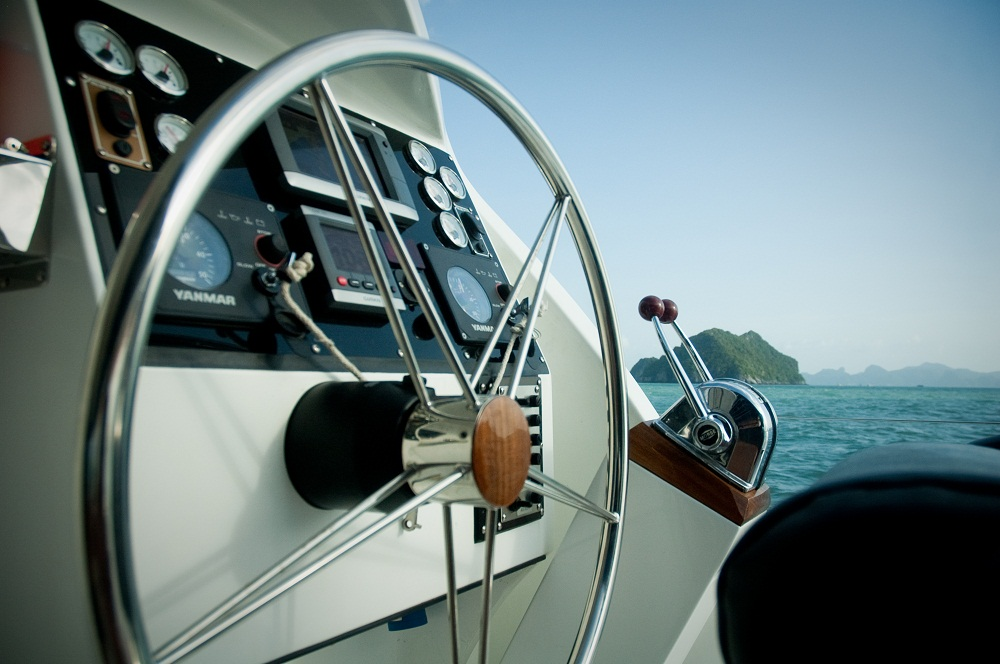 modern-technic-on-board-of-nautiness-2
