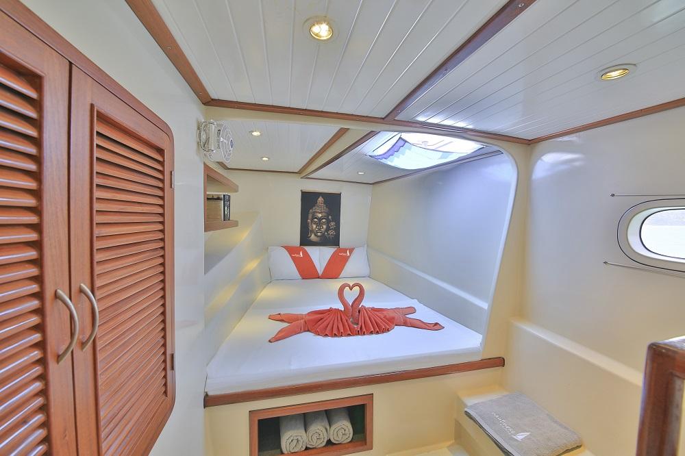 sailing-nautiness-samui-front-cabin-1